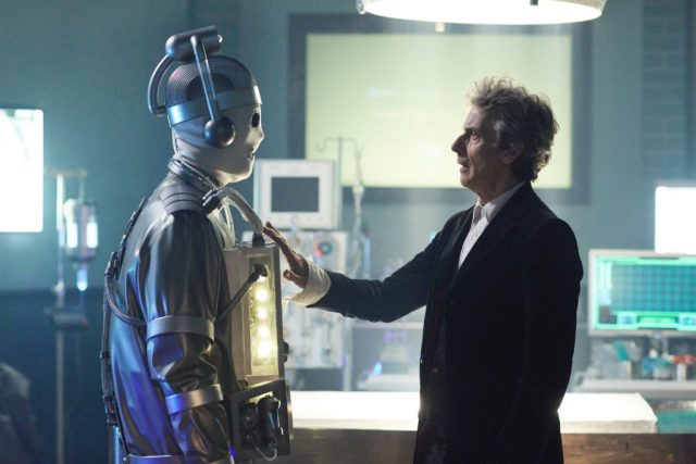 Doctor Who S10 – World Enough and Time - Cyberman and The Doctor (Peter Capaldi) - (C) BBC/BBC Worldwide - Photographer: Simon Ridgeway