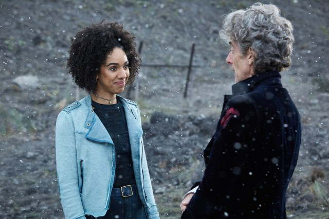 Bill (PEARL MACKIE), The Doctor (PETER CAPALDI) - (C) BBC/BBC Worldwide - Photographer: Simon Ridgway