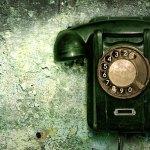 Vieux téléphone vert