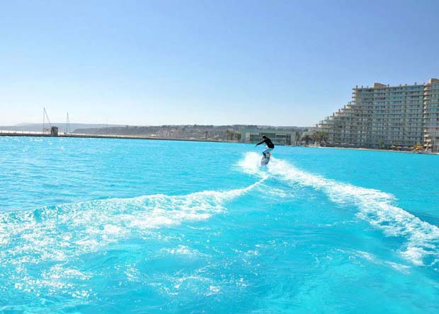 plus-grande-piscine-du-monde-au-chili-18