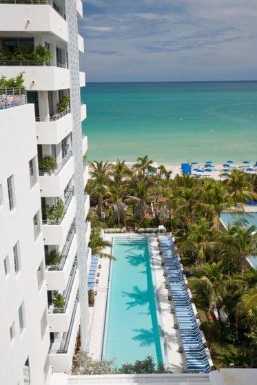 soho-beach-house-miami-edifice-2