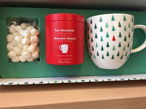 Hot chocolate tea with mug and mini-marshmallows from DAVIDsTEA — $$