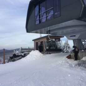 Finalement, les premiers skieurs et planchistes!