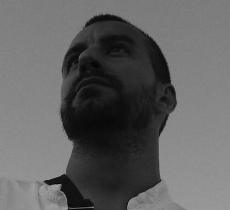 El guionista de comic Roberto Corroto