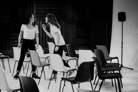 """Irene Escolar y Bárbara Lennie en un momento de """"Hermanas"""""""