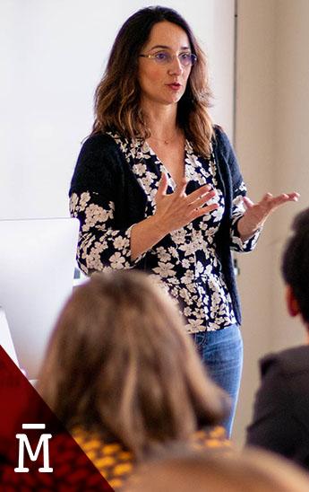 Marisa Fernández Armenteros imparte una clase magistral en el master de guion de Salamanca