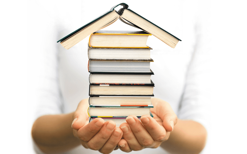 O carte trecută prin multe mâini este mai vie decât însuși autorul ei