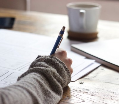 Scriu despre tine chiar dacă nu vezi