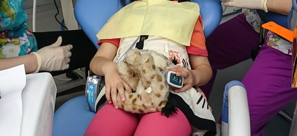 inhalosedare copii la dentist