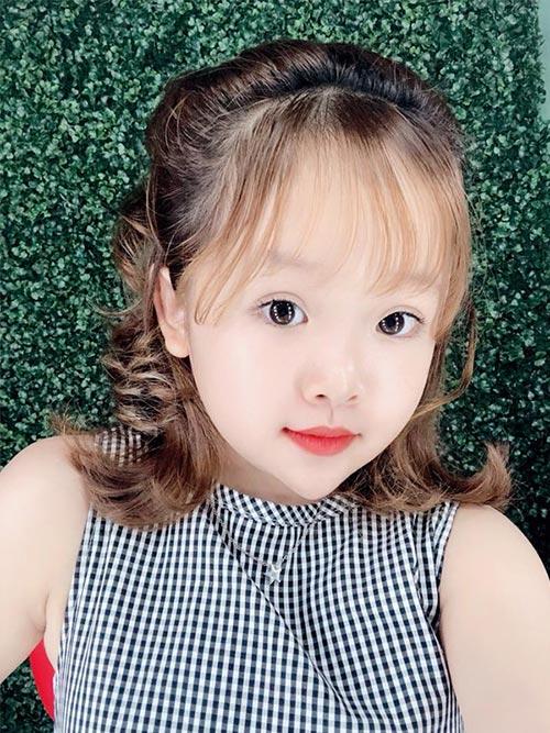 [Image: Gadis-VietnamTerlihat-Seperti-Anak-SD-Me...ahun-2.jpg]