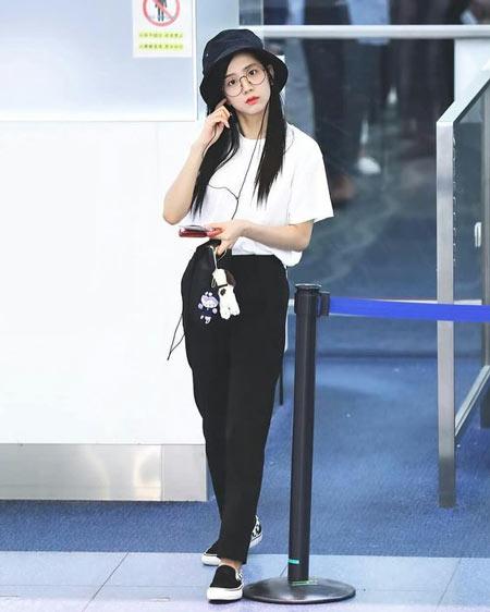 Gaya Fashion Ala Blackpink - Jisoo