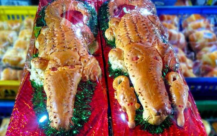 Makanan dan Minuman Khas Jakarta - Roti Buaya