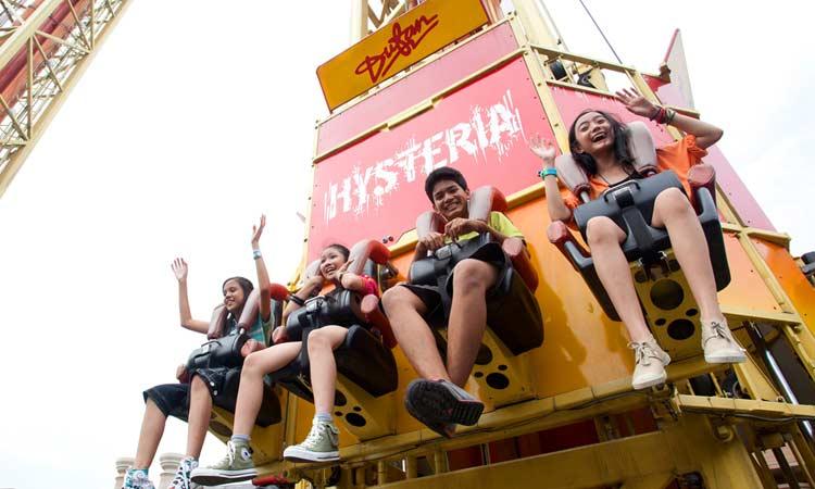 Taman Bermain Terbesar Di Indonesia - Dunia Fantasi (Dufan)