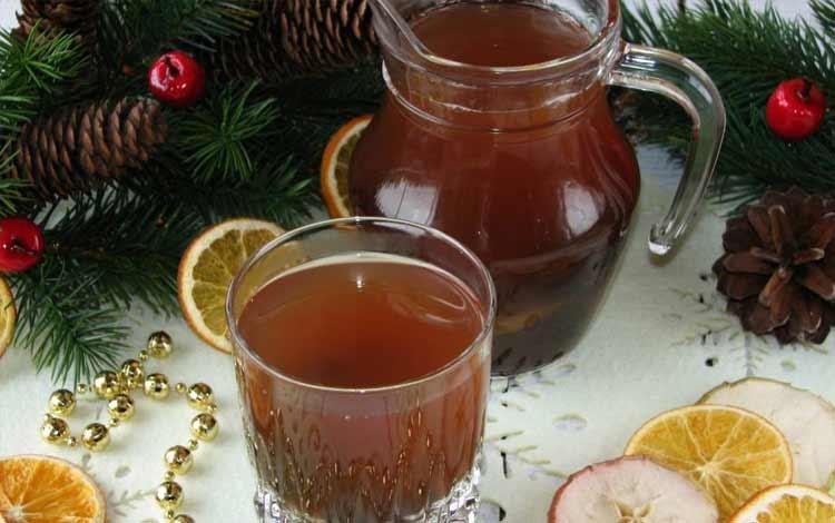 Makanan Dan Minuman Yang Identik Dengan Perayaan Natal - Uzvar