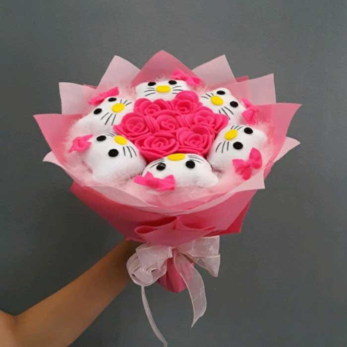 Rekomendasi Hadiah Atau Kado Valentine Untuk Pacar Dan Sahabat - Buket bunga karakter