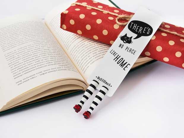 Rekomendasi Hadiah Atau Kado Valentine Untuk Pacar Dan Sahabat - Pembatas buku