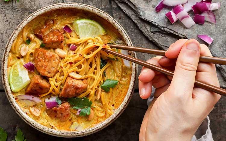 Makan Khas Thailand Yang Enak Dan Cocok Untuk Lidah Orang Indonesia - Khao Soi
