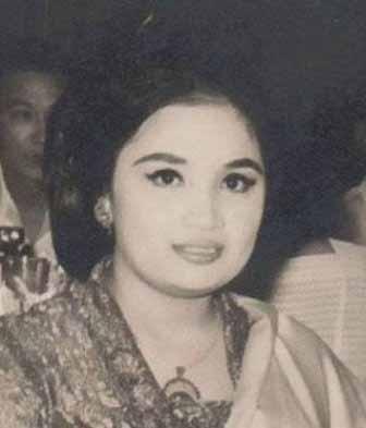 Daftar Lengkap Seluruh Istri Presiden Soekarno - Yurike Sanger