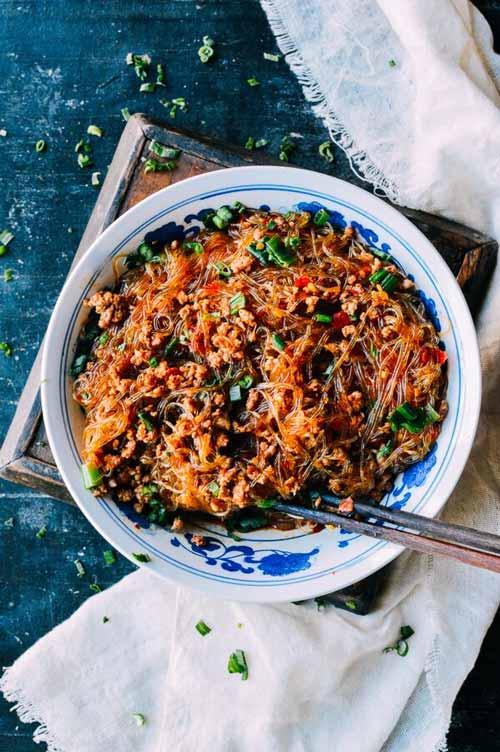 Daftar Makanan Khas China Terlezat - Ma Yi Shang Shu