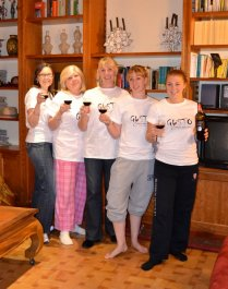The Gusto Tee ladies!