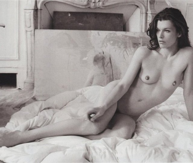 Milla Jovovich Naked And Topless Pictures  Vporn Blog