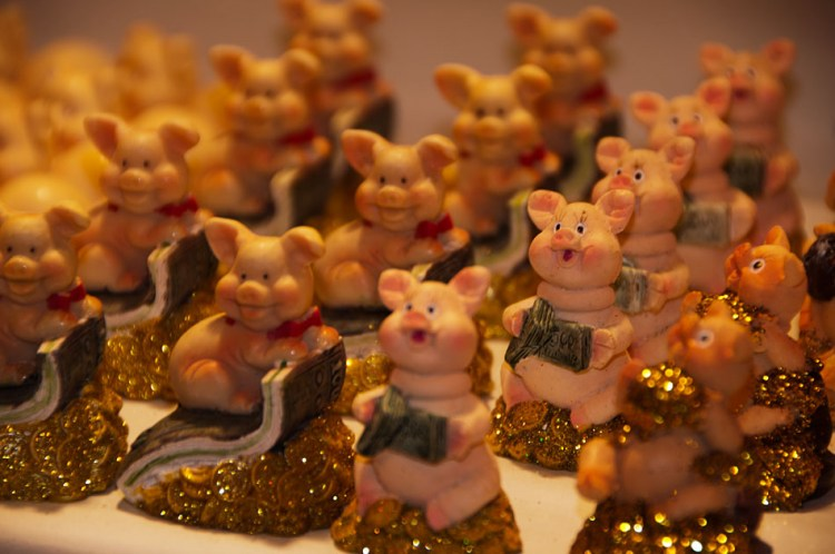 Christmas traditions with lucky pigs