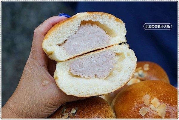 """b0bee25b 05f7 47ac 87a1 0bb58e2f39dc - 熱血採訪│麵包控集合!興大人氣麵包店""""糖印麵包""""搬家囉!! 每日出爐近5.60種以上傳統、日式、歐式、義式麵包,吐司甜點蛋糕等,試營運期間全面8折!!"""