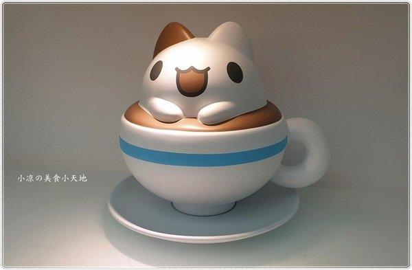 f6430a2c 01a5 4718 85ef cbf9c007c752 - 奶泡貓咖啡║咖波迷尖叫聲!立體奶泡貓萌翻天,台中最新IG打卡熱點,美照拍不完!
