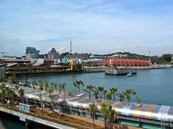 Resorts_World_Sentosa,_Singapore_-_20101215.jpg