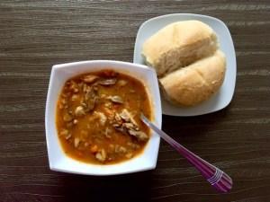 Pyszna zupa z żołądków drobiowych