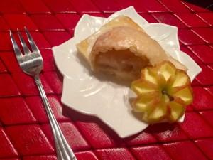 Deser z jabłkiem