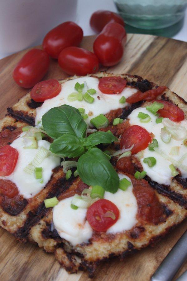 Low Carb Blumenkohl Waffel Pizza und Abnehm-Challenge zum kopfschütteln