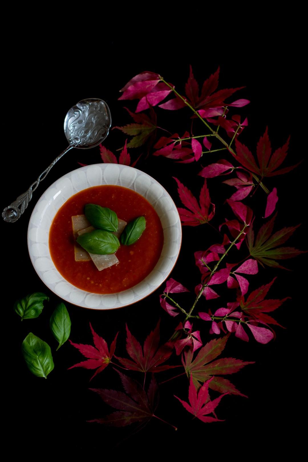 paprika- och tomatsoppa