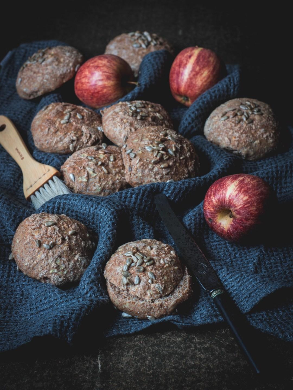 dinkelfrallor med äpple
