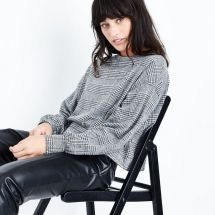 black-houndstooth-check-cropped-jumper