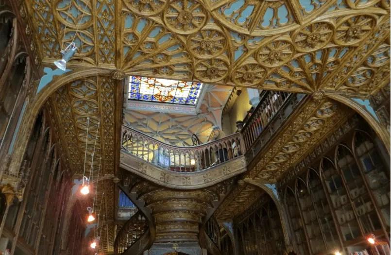 Gorgeous Livraria Literary Porto
