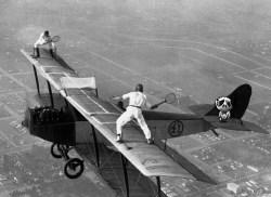 Bi-Plane Tennis Zombie