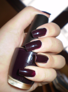Opi vernis Lincoln park after midnight