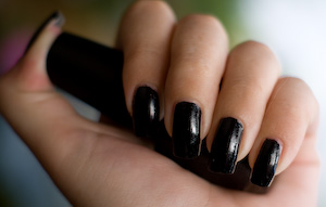 lady-in-black-opi