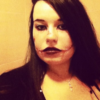 My halloween 2012 make upmon maquillage avec trois bouts de ficelle pour halloween 2012 blood - Maquillage halloween latex ...
