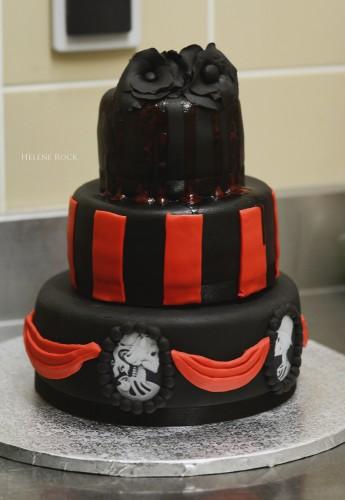 wedding cake gothique