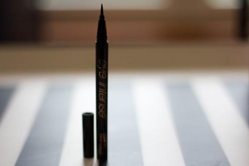 eyeliner unt-3