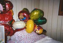 While lying with balloons, Barbara Custer contemplates novel ways to lie to her readers.