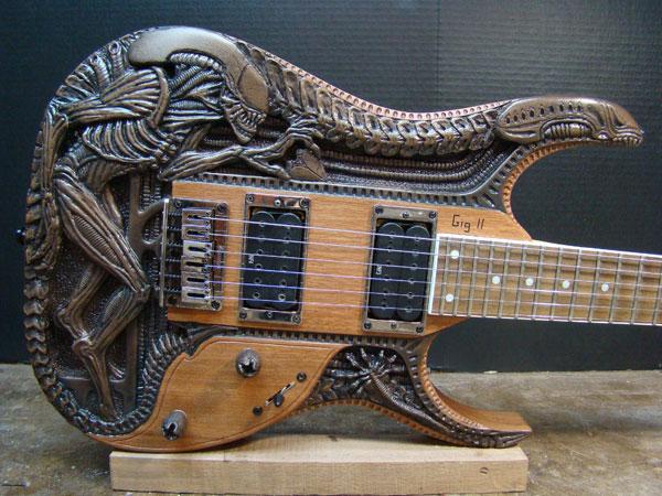 alien_guitar1