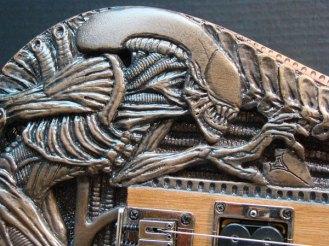 alien_guitar2