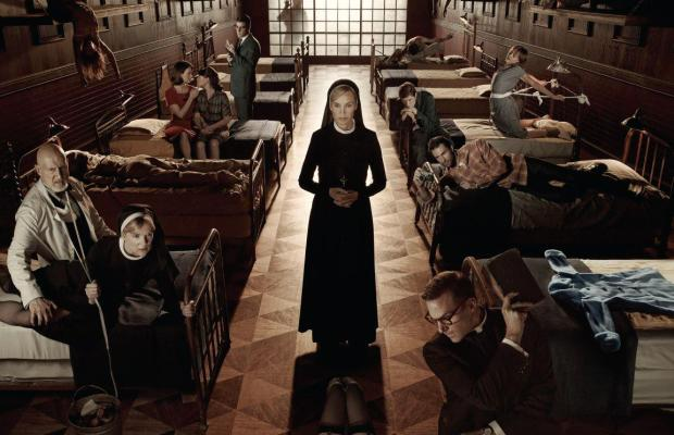 American-Horror-Story-poster-Asylum