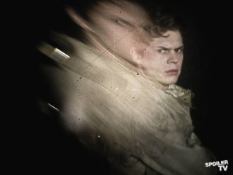 FX-AHS-Evan-Distortions_0212F_1_FULL