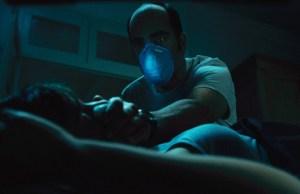 Luis-Tosar-in-Sleep-Tight-2011-Movie-Image-e1347033771487