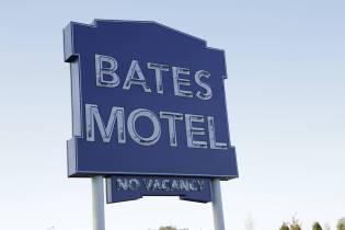 16-bates-motel-hires