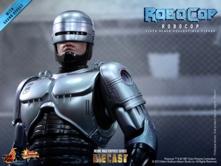 Hot Toys - RoboCop - RoboCop Collectible Figure_PR14